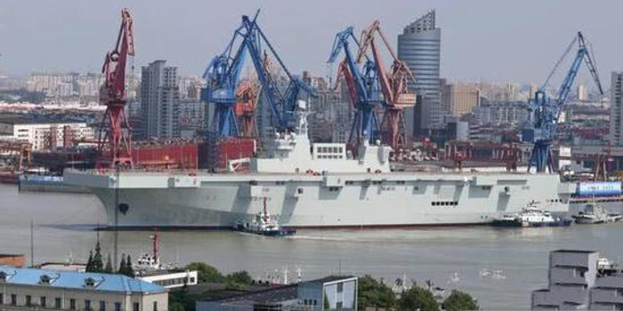 中國075兩棲艦還有個隱含設計 未來或能加裝滑躍甲板
