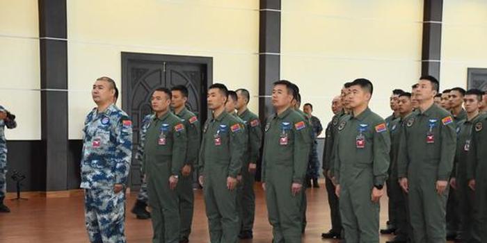 中国歼10C战机赴泰国参加对抗演练 有意向泰国出口