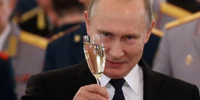 普京没动手北约就撕裂 蓬佩奥紧急呼吁拥护特朗普