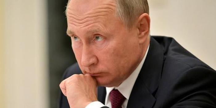 解密普京电话:军用卫星保驾护航 窃听可能性为零