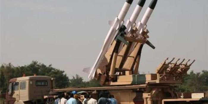 印度再次试射新型地空导弹 曾有3成试射失败