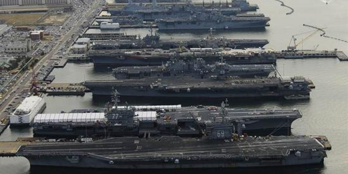 6艘航母本土同框為何對美軍是兇兆 沒有一艘能出海