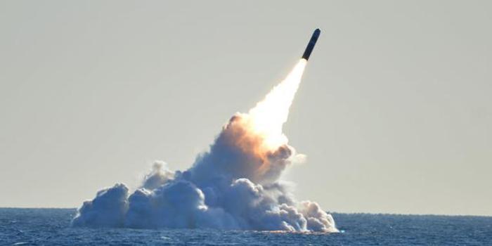 美鹰派公开表示:美应牺牲1500万人以赢得一场核大战