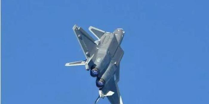 空軍開放日殲20亮相:這個細節反應出比F22更先進