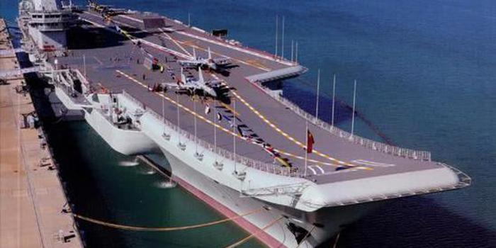 山东舰首次展示指挥中心 微观航母