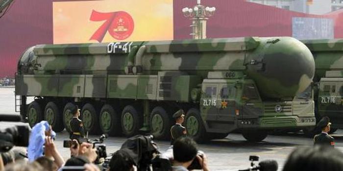 東風41威力有多大:可攜4枚50萬噸級核彈頭飛到紐約