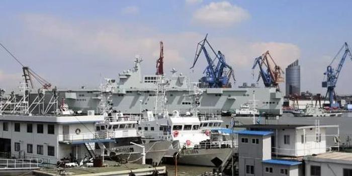 中國建造075兩棲攻擊艦塢內工期僅9個月 秘訣都在這