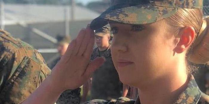 美军女兵自拍不雅视频网上售卖 被窃后在军中疯传