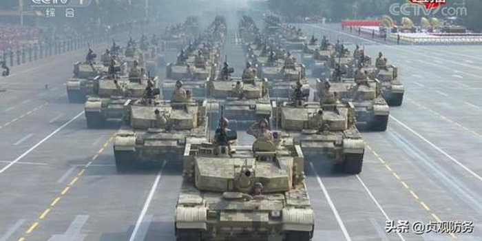 99A坦克阅兵打头阵 但这几款重装备为何却位置不保