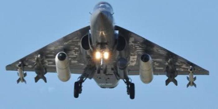 印度國產戰機成笑話 沒學成殲10設計卻有墜機風險