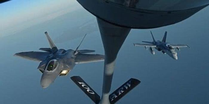 驻日美军飞机相撞事故已有2人获救 5人仍下落不明