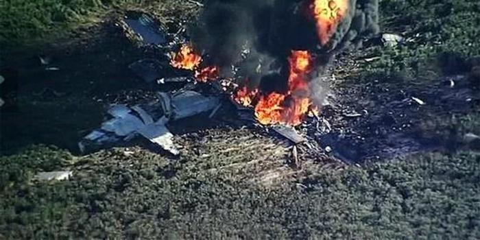 美军KC130曾诡异坠毁:叶片空中脱落将被飞机切成3块
