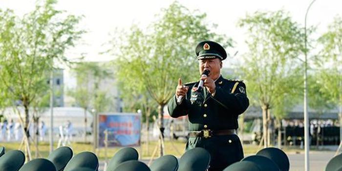 """火箭军方队主教练张洪锋:为何被誉为""""完美缔造者"""""""