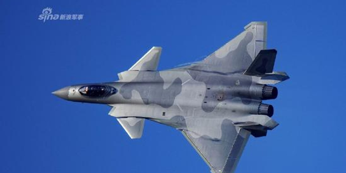 美报告:中国空军世界第三 战斗机数量超2000架
