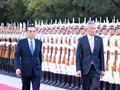 """新加坡总理李显龙为何时隔近4年""""突然""""访华"""