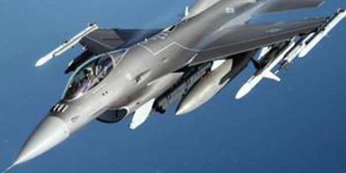 台中将:F16V会被摧毁在机场 即使升空也被歼10C压制
