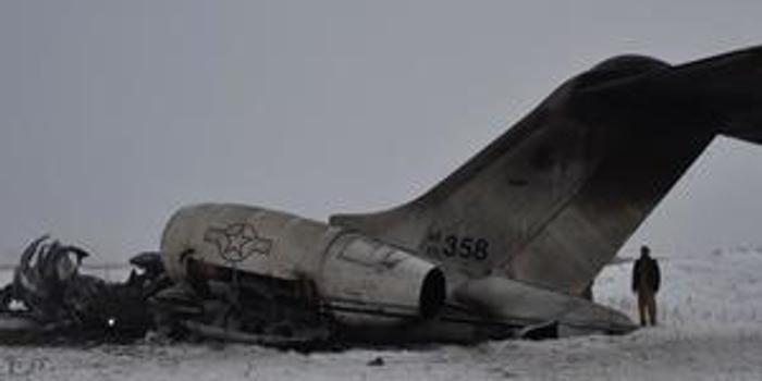 """塔利班""""击落""""美军机陷罗生门 或严重干扰双方谈判"""