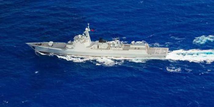 """中国神盾舰队接近夏威夷""""自由航行"""" 美该无话可说"""