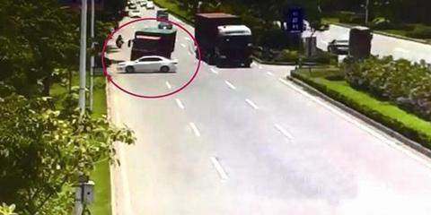 晋江发生惨烈车祸致两死三伤