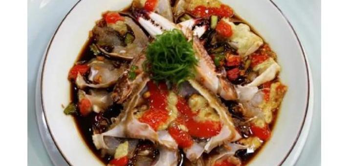 东海鲜白蟹大量上市宁波人超爱