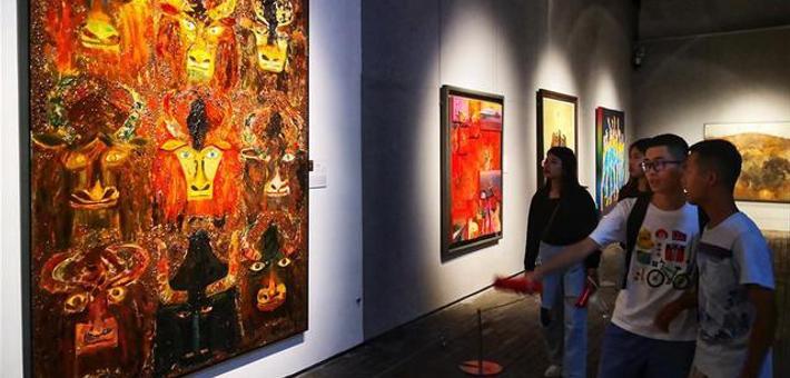 宁波举办全国美展综合材料绘画展