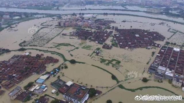 汕头受灾严重,尤其是潮阳区谷饶镇,潮南区陈店镇,司马浦镇大片区域淹