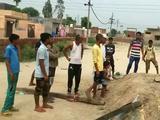 印度少年被埋墓穴24小时身亡