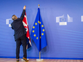 中国前驻英大使:英国脱欧美国也有责任