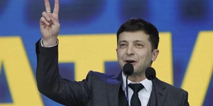 3D今天开奖结果_一个乌克兰喜剧演员如何从演总统走向做总统