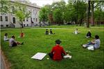 在美留学生上白宫网站请愿反对新规已获逾23万签名