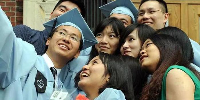 """说变就变 特朗普称""""想要更多中国学生"""""""