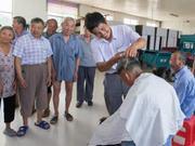 这个年近六旬的理发师 免费为老百姓理发30年超30000次