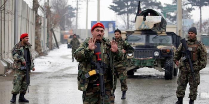 阿富汗首都军校附近遭自杀式袭击 致5死12伤