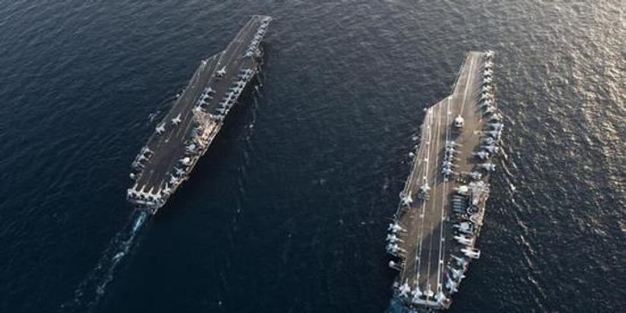 """蓬佩奥满口""""不想要战争"""" 美军舰战机靠近伊集结"""