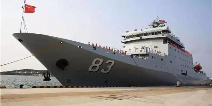 日本军官登上中国戚继光舰跟训(图)