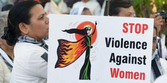 屡次跟踪骚扰未果 印度男子将女教师活活烧死