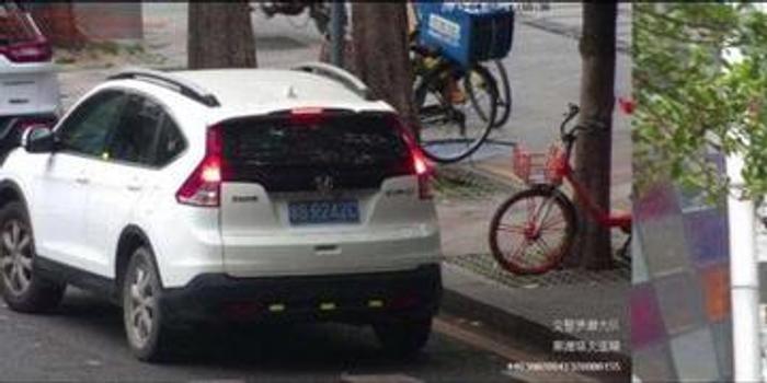 pc蛋蛋金蛋_网友发文称停车32秒就被罚 交警:32秒不短 可申诉