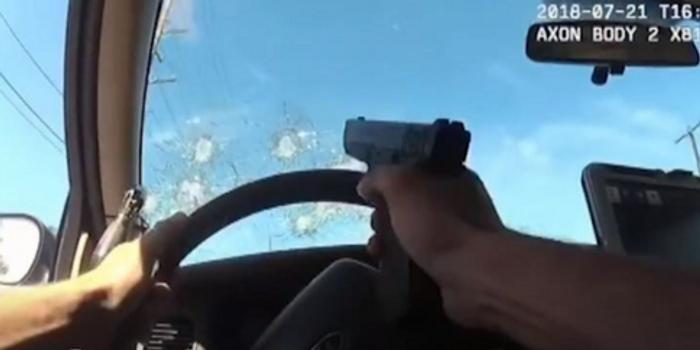 美国警察连开76枪打死嫌犯 局长气炸:差劲