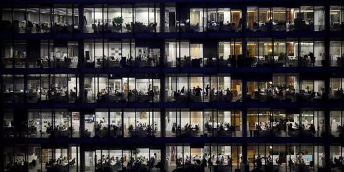 双色球预测号_京东内部邮件引争议 追求效率的姿态要这么残酷吗