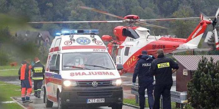 波兰发生雷电击中游客事故 已造成4死约30人受伤