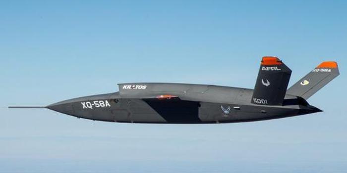 美军最新隐形无人战斗机原型机试飞时故障被损坏