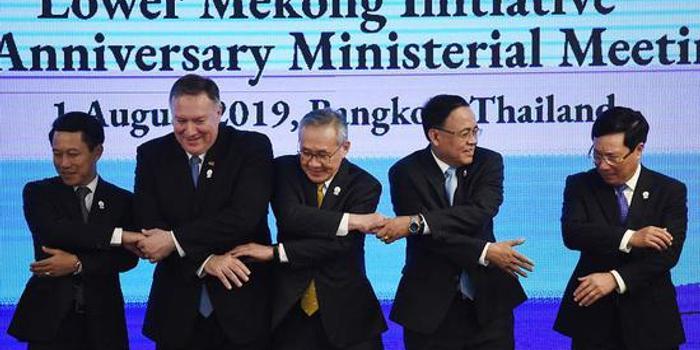 剛與王毅見完面 蓬佩奧又開始給中國扣帽子(圖)