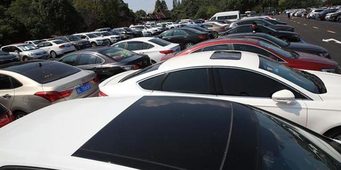 媒体:机关停车场长假向游客开放是政府与社会共赢