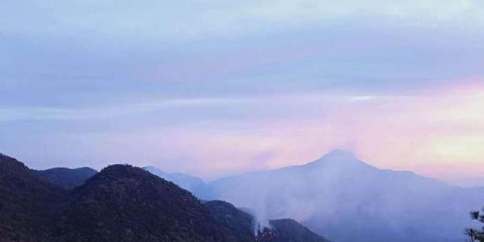 排列五走势图_云南鹤庆森林火灾进展:火场南线和北线已无明火