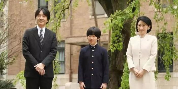 日本天皇唯一孙子在学校被人用刀具威胁
