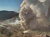 日本鹿儿岛火山喷发 浓烟滚滚