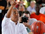 美国前总统奥巴马卸任后首次