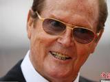 第三任007演员罗杰·摩尔因病