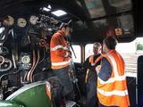 图揭英国宝级火车维修 曾创时
