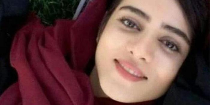 变装看足球比赛被抓 伊朗女球迷自焚身亡(图)